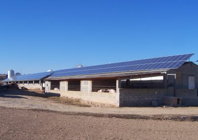 Energía solar fotovoltaica para nave ganadera