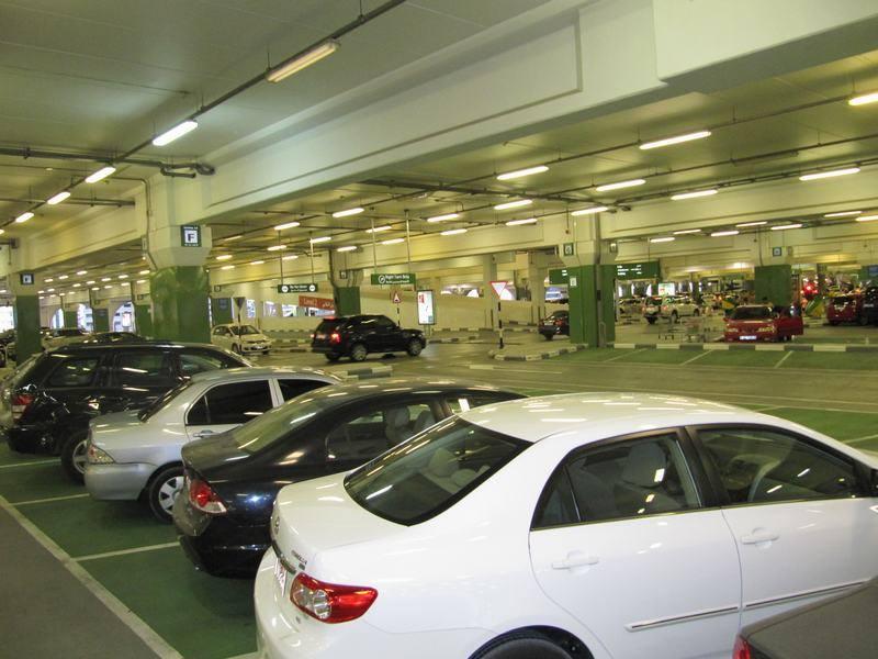 Proyectos para la legalización de un aparcamiento