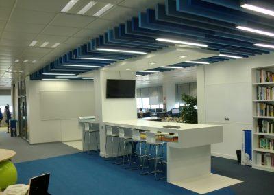 Licencia de actividades para oficina en edificio tecnológico
